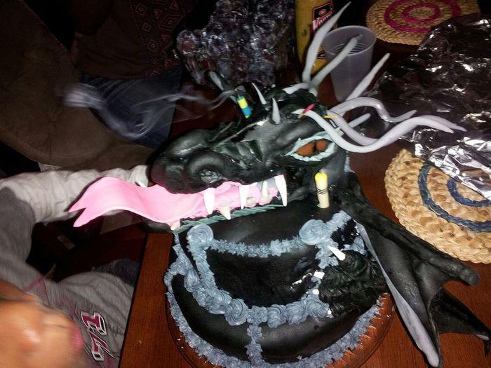 Cakes! 100% edible Lakiki Creations