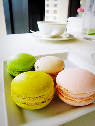 Food Porn Awards Foodphotography Delicious ♡ Macaron Onthetable Artfood Tea Time French The OO Mission