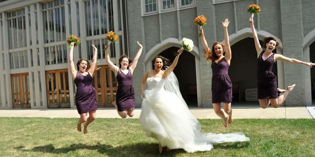 My wedding Wedding Day Wedding Photography Marriage  Bridesmaids Hanging Out Taking Photos That's Me