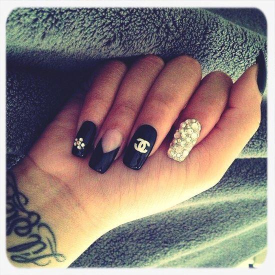 Nail Art Chanel❤ Nail Fanatic Nail✞⃛