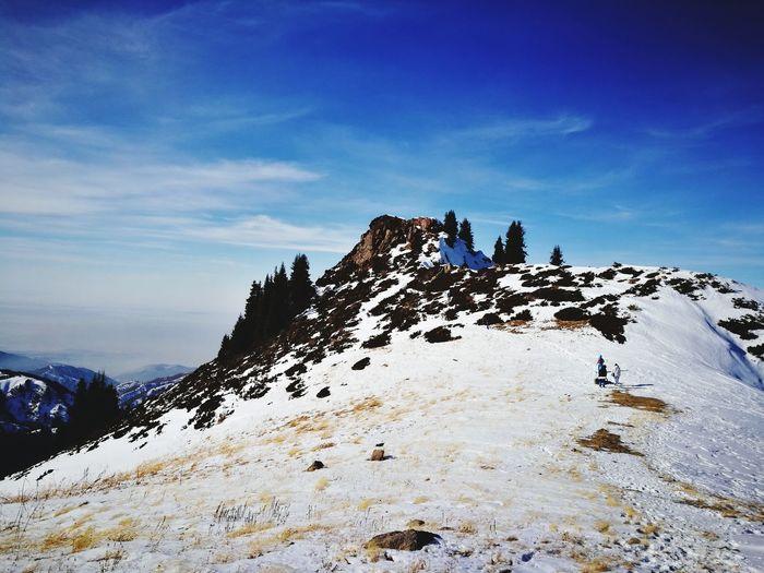 По пути к пику Букреева Hiking Hiking Trail Hikingadventures Weekend Activities Mountain Snow No People Rock - Object Nature Day Sky Beauty In Nature Mountain Range