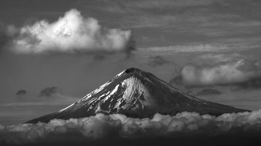 Idyllic Shot Of Popocatepetl Against Sky