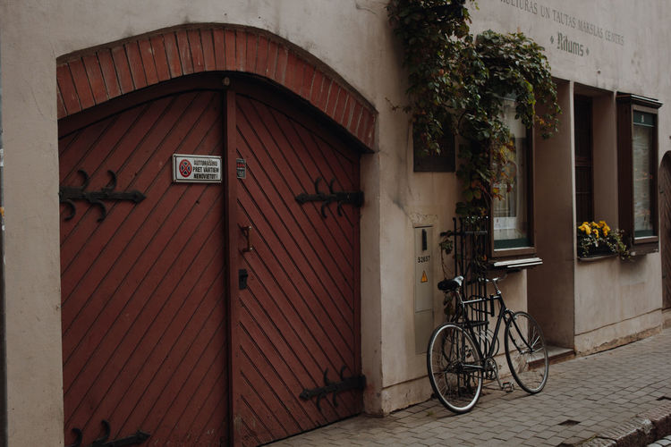 Old Town Oldcity Riga Latvia Vintage Street City Street City Bicycle Stationary Architecture Built Structure Entryway Cycling Door Closed Door