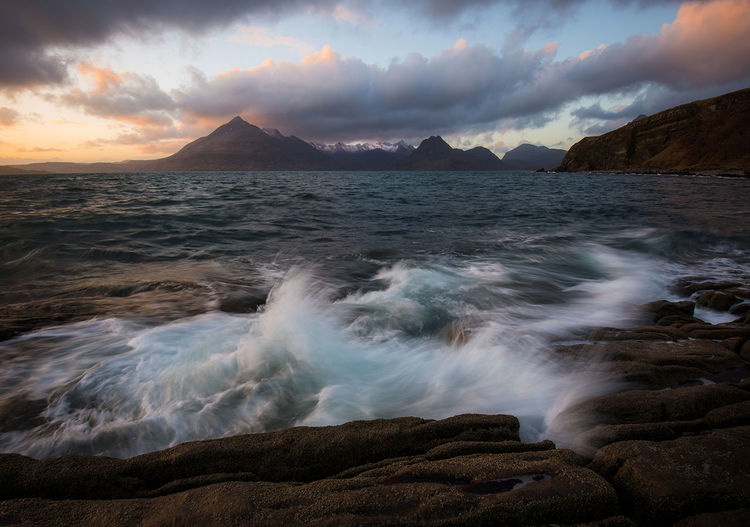 Elgol, Isle of Skye Sunset Landscape Travel Destinations Scotland Reflection EyeEm Best Edits Long Exposure Dramatic Sky Sunset_captures EyeEm Best Shots EyeEm Masterclass EyeEmNewHere Landscape_Collection Scotland 💕 Mountain_collection Longexposure Sunsetporn