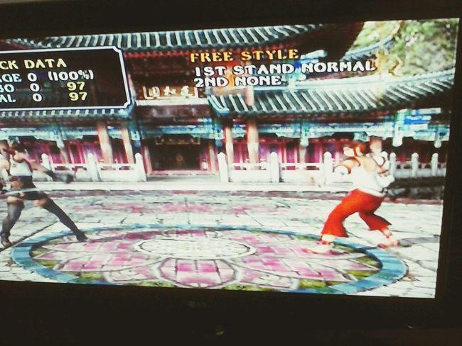 o recalque de vocês bate no meu training com a Xianghua e volta em forma de combo. :v