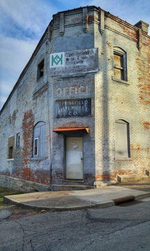 Ohio Springfield Urbanexploration Urbex Urbexphotography Urban Exploration Urban Exploring Explorer Exploring Brick Building Abandoned Abandoned Buildings Abandoned Places