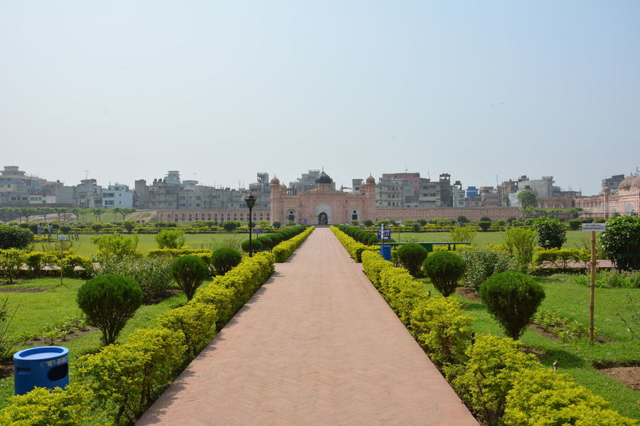 Lalbagh Fort in Dhaka, Bnagladesh Architecture Bangladesh City Cityscape Day Dhaka Fort Garden Green Historical Building Historical Monuments Historical Sights History Lalbagh Lalbaghfort Lalbaghgarden Nature No People Outdoors Palace Sky Travel Destinations First Eyeem Photo EyeEmNewHere