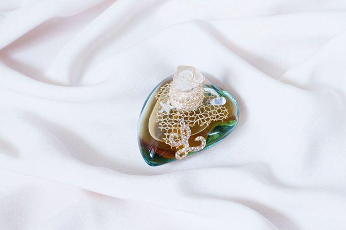 Perfume Girly Girly Things  Still Life Beauty Sea Marine Eye4photography  Taking Photos Lolita Lempicka