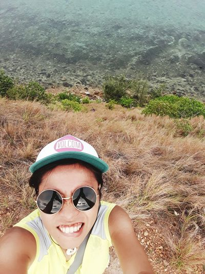 Selfie Sunglasses Looking At Camera High Angle View Headshot Smiling Day Vacations Neverstopexploring  Explore The World Getoutside Lifeofadventure Wanderlust