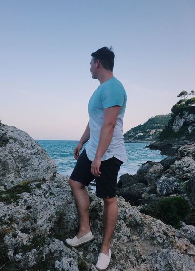Real People Sea Water One Person Standing Horizon Over Water Nature Beach Rocks And Water Rocks Canyamel Capdepera Baleares Mallorca Sungoesdown Canyamel Playa First Eyeem Photo