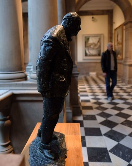 EyeEm Selects Statue Sculpture Art And Craft Indoors  Real People One Person Men Day Close-up People Winston Churchill KelvingroveArtGalleries Art Gallery