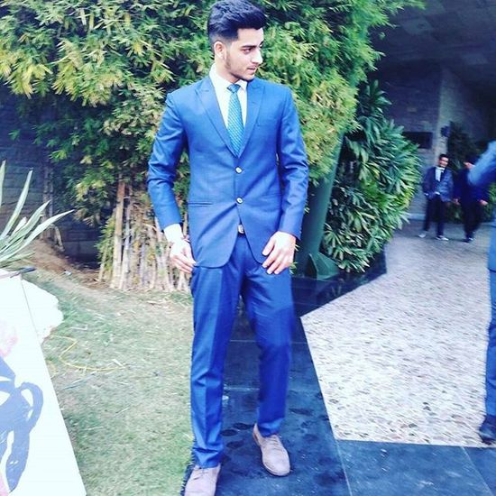 Stay classy!✌ Morning Ludhiana Friends Wedding Formals Suit Blue Menstyle Classy Fun Happytime
