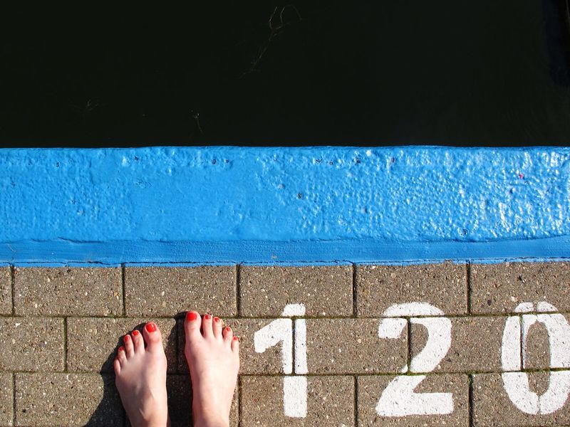 Not deep but dark Poolside Relaxation Summer Water Barefoot Swimming Pool Natural Pool Outdoor Pool Open Air Bath Floortraits Nail Varnish Marks A Bird's Eye View Digits Sign At The Edge Of Human Foot Dark Waters Seagrass Canon From My Point Of View Minimalism Minimalobsession Simplicity The Color Of Sport Live For The Story Sommergefühle Love Yourself