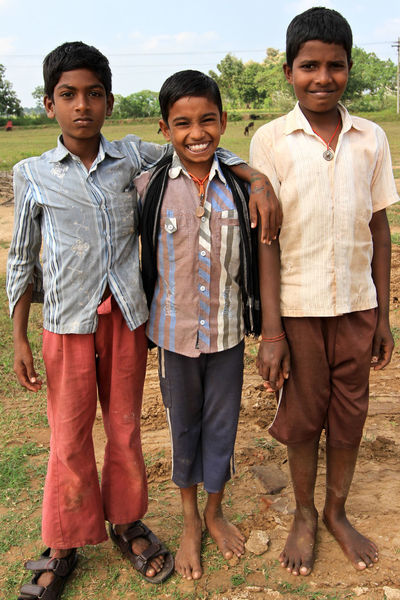 As we are not responsible for the place where we are born, we adapt ourselves to our environment. Sometimes it's a real challenge for children. Happily friendship at childhood maintains hope and happiness. Friendship is the same everywhere (the chief, the smily, the kind). These boys where goats keepers. Born Somewhere Childhood Friendship Happiness India Smiling The Photojournalist - 2016 EyeEm Awards The Story Behind The Picture Toothy Smile