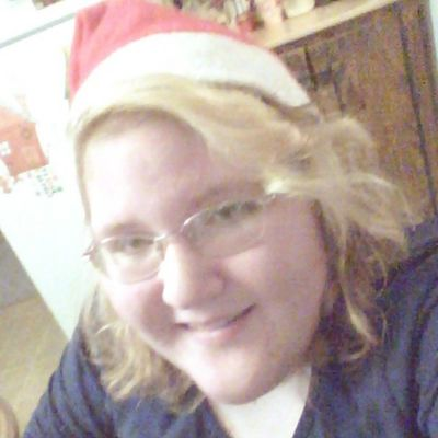Merry Christmas. Hazel Eyes  Happy Smile Blonde_and_red_hair Christmas