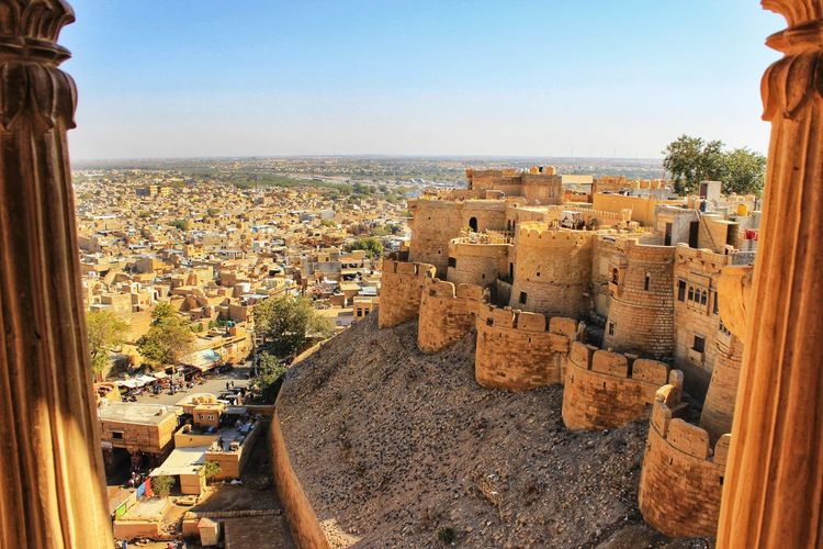 Sonar Killa Fort Fortress Fortified Wall Sandstone Rajasthandiaries Rajasthani Culture Tripotocommunity Incredibleindia Jaisalmer Rajasthan Rajasthan_diaries Indianvisuals Incredible India Photography Cultureadventure City Cityscape Ancient Civilization Residential Building History House Fort Castle Sky Architecture TOWNSCAPE Town Residential District Palace Housing Settlement