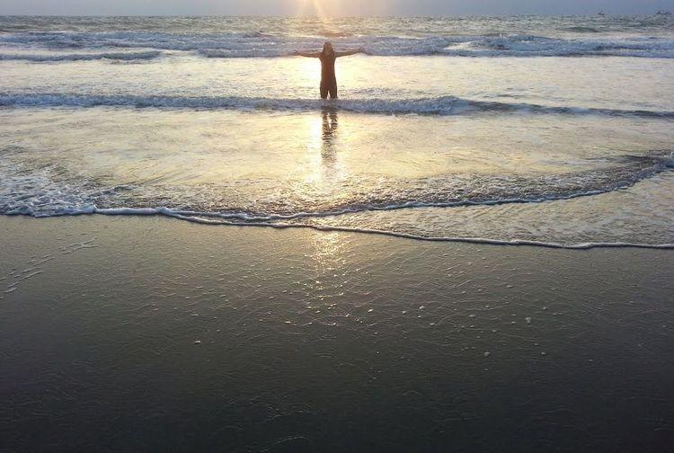 Abrazo de sol. mauriciojacome Crucita Manabí ecuador Life Is A Beach Enjoying Life First Eyeem Photo ruta del sol