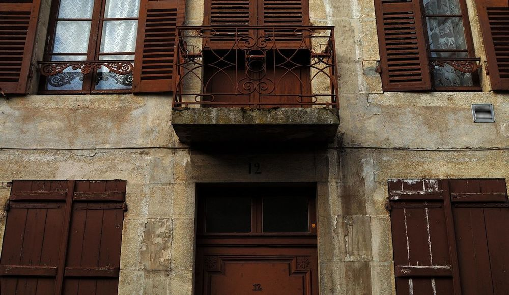 Architecture Architecture Rurale Ba Building Exterior Closed Door Entrance Exterior Façade Ferronnerie Geometry No People Old Pattern Rambarde Texture Wall Window