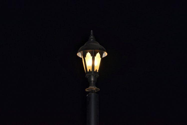 Light And Shadow Black Background Light Bulb Illuminated Black Color