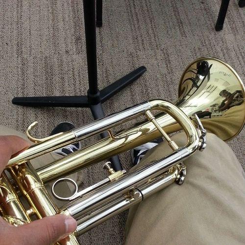 Chillen in instruments Trumpetcrew Swagg Fwu