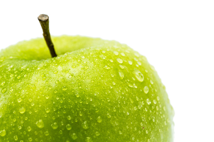 green apple with water drops White Background White Wet Wellbeing Waterdrop Water Vitamins Vegetarian Food Vegetarian Temptation Studio Shot Still Life Stem Single Object Ripe Raw Rain Nutrition No People Juice Isolated Indoors  Healthy Eating Healthy Harvest Green Color Green Fruit Freshness Food And Drink Food Ecology Eat Drops Drop Diet Dew Dessert Decrease Cut Out Close-up Apple - Fruit Apple Agriculture