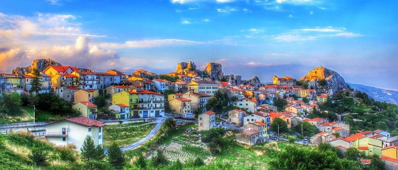 Landscapes, Molise Italy❤️ Italy🇮🇹 Italyiloveyou Italy Photos Italian_city Italy Holidays Ltalia Paese Small Town HDR Hdr_Collection Landscape Landscape_Collection Landscape_photography Landscape_captures Blue Sky Molise Italy Pietrabbondante Italia Italien Italie Italianlandscape Italienne