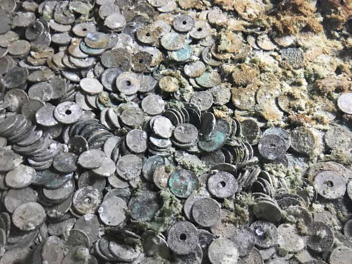 Coins Full