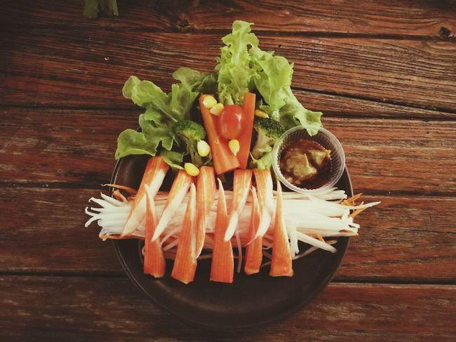 Healthy Eating Food Food And Drink Indoors  Vegetable Raw Food Freshness No People Studio Shot Rustic Black Background Close-up Day ตำถาด Sashimi  Shushi