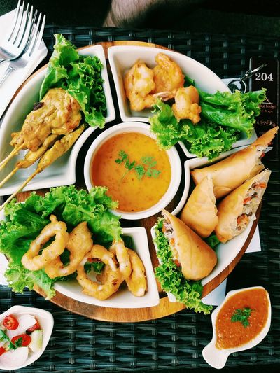 Thai Platter Thai Food Spring Roll Calamari Tempurashrimp Chicken Satay Delicious Vscocam Calamari Thailand Food Foodphotography