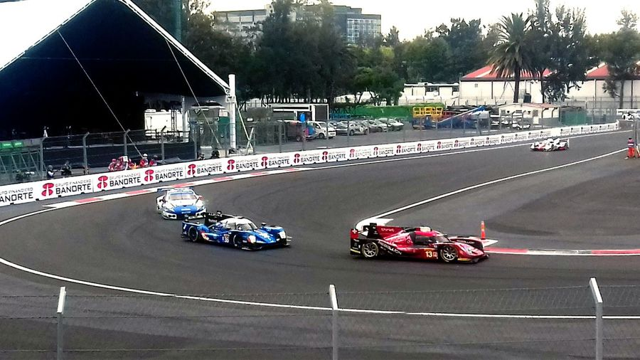 The Color Of Sport in Mexico City FIA WEC 2016. Competitive Competition World Endurance Championship Best EyeEm Shot PhonePhotography Perspectiva Natural Light Nublado