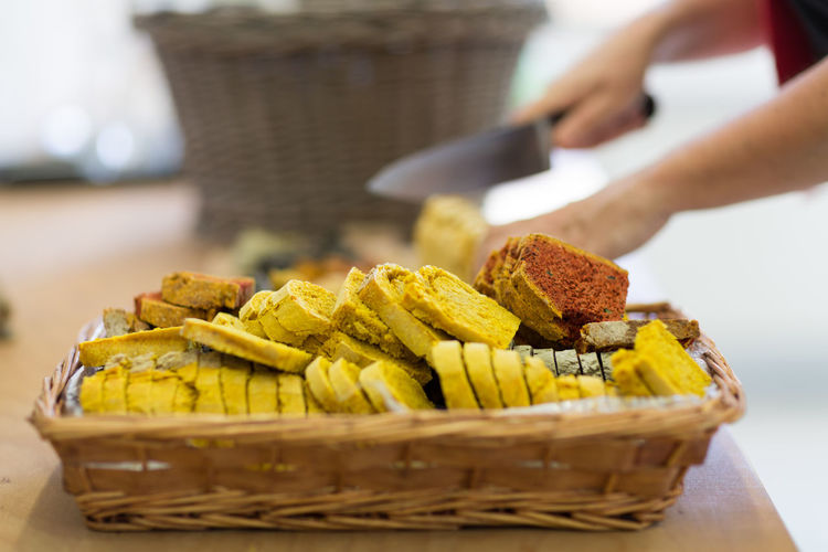 Homemade Food Basket Bread Close-up Day Focus On Foreground Food Food And Drink Food Stories Freshness Human Body Part Human Hand Indoors  Men Occupation One Person People Real People