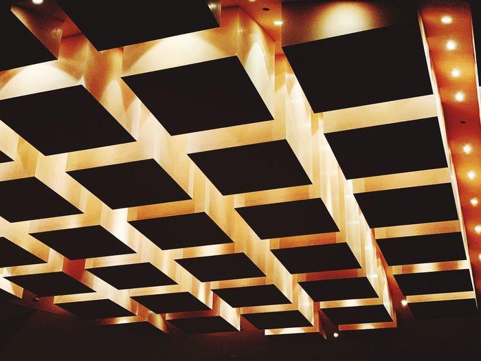 Pattern Indoors