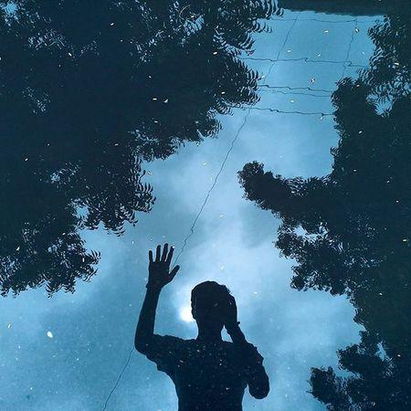 Hi! Whpsayhitothewater Hi Water Reflection Blue Fresh Fresh On Eyeem  Young Young Guy The Street Photographer - 2016 EyeEm Awards