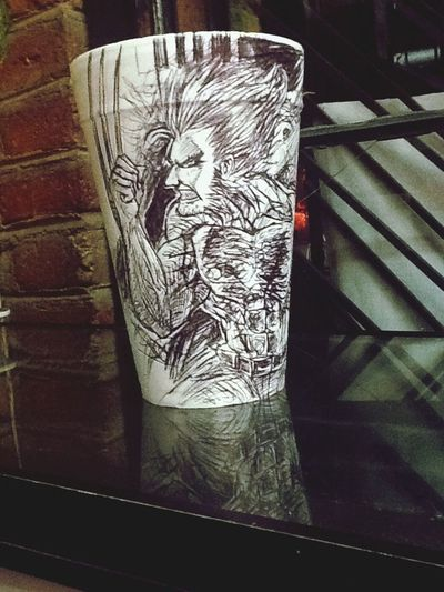 Wolverine en un vaso ... Técnica : tinta Art Drawing Sketch Ink