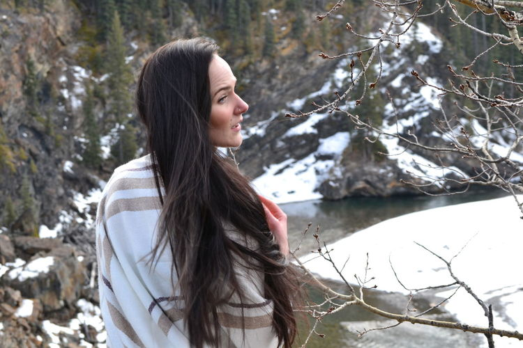 Snow Winter Only Women One Woman Only Beauty Beautiful Woman Happiness Brown Hair Smiling Reflection People Side View One Person Cold Temperature Adult Tranquility Adults Only Long Hair Nature Outdoors Unedited Color Photo Unedited The Purist Unedited Photo Unedited Nofilter EyeEmNewHere