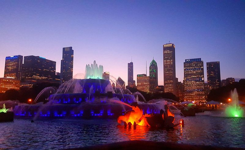 Chicago Buckinghamfountain Skyline Cityscapes Windycity Color Explosion Fountain_collection ChiTown