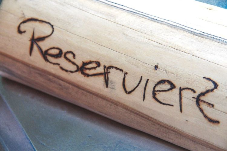 Reserved Reserve Reserviert Sign Reservation Table Booking