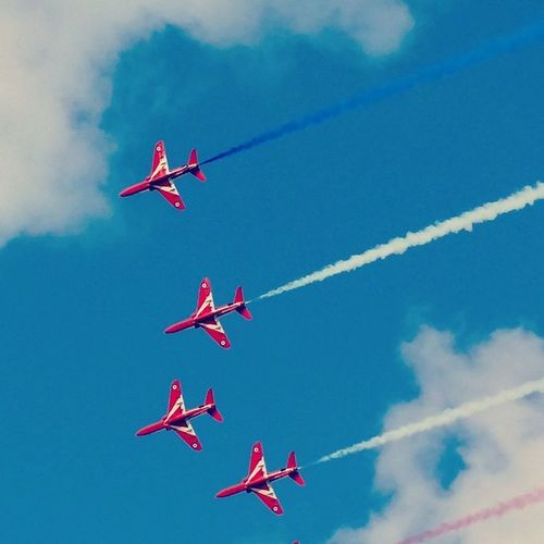 What a fab afternoon watching these <3 Redarrows Weymouthcarnival 2014 Greatday cantwaittoseethemagain