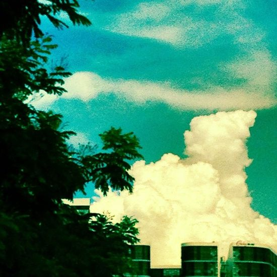 Fluffy clouds Cloudporn Cottoncandy Sky
