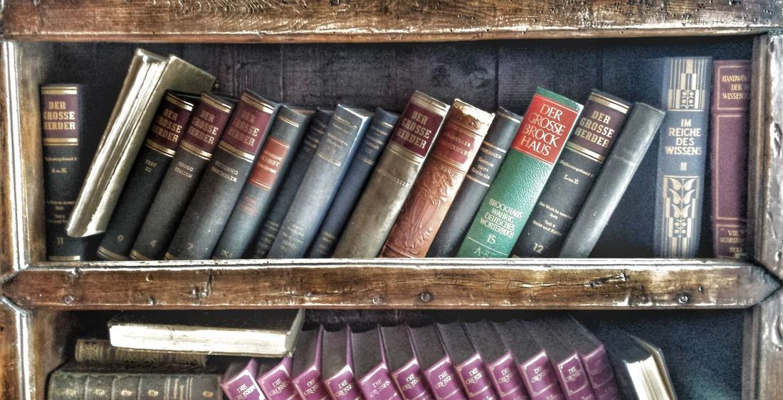 Books Bookstore Bookshelf Old Antique Bücher  Buch Antiquariat Antique Shop Spine Used Shelves EyeEm Best Shots Taking Pictures EyeEm Best Edits EyeEm Masterclass Showing Why I Could Be An Open Editor Today's Hot Look Adventure Damaged Damaged And Wrecked Knowledge Knowledge Is Power