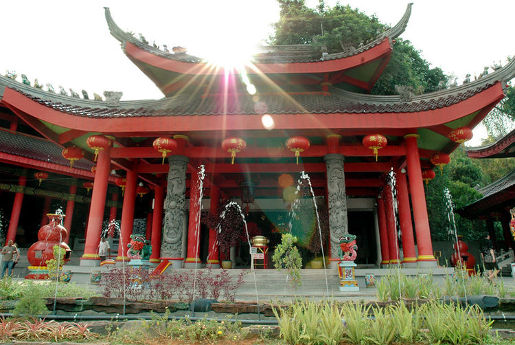 Red beauty Temple Religion Spirituality Pagoda Architecture Gold Place Of Worship Ancient King - Royal Person Sky Day Outdoors Grass No People Tree Built Structure