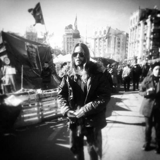 Jared Leto on Maidan Nezalezhnosti in Kyiv! Kyiv 30stm Ukraine SupportUkraine Pray4ukraine євромайдан евромайдан Euromaidan Leto Jaredleto