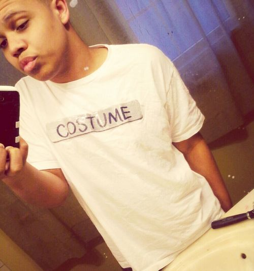 Costume shirt tho