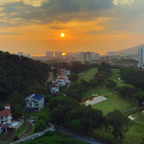 Dusk in Equatorial Penang. Scenery Shots Dusk In The City Hotel Equatorial Penang Penang Island Architecture Sky Building Exterior Sunset Built Structure City Building Nature Beauty In Nature Outdoors Summer In The City EyeEmNewHere