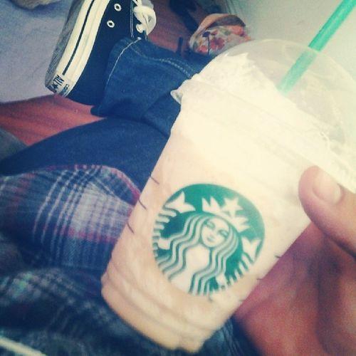 Caramel Brulee. Chillday MyDayOff Starbucks CaramelBrulee Converse 