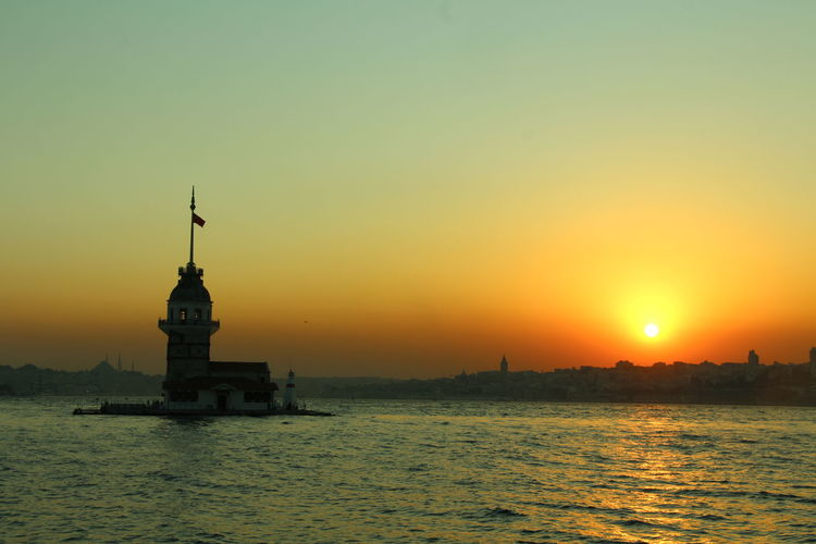 Istanbul Travel Istambul Life Cityscape Outdoors Travel Destinations Golden Hour Turkey Romantic Sky Architecture Water Sunset Sea Tranquility No People Alexander Tower Bosphorus Tower Island Uskadar