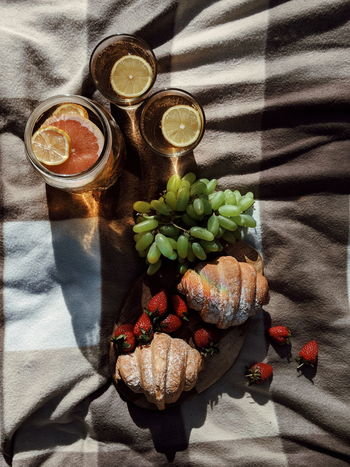 Drink Shadow Sunlight Fruit Table High Angle View Drinking Glass Close-up Food And Drink Strawberry