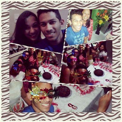 Feliz Selfie Boanoite Sono festa familia http://molo.me/Bananawill
