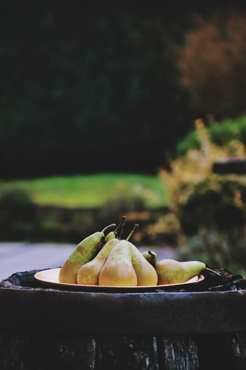 Healthy Healthy Snack Healthyfood Healthy Eating Arrangement Still Life Pears Pear Food And Drink Fruit Food Healthy Eating Freshness Focus On Foreground No People Close-up Day Outdoors