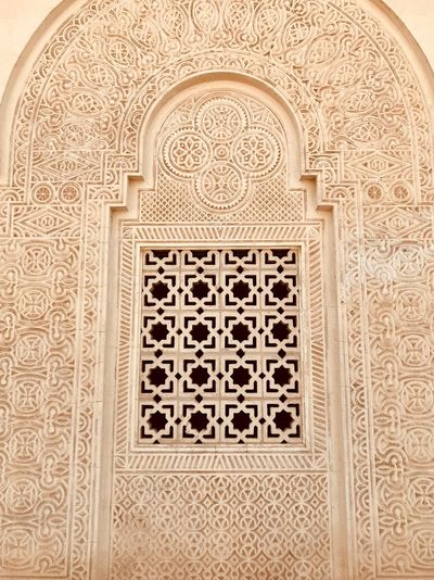 Arabian Moment Pattern Architecture Built Structure Craft Design Art And Craft No People Carving - Craft Product Indoors  Intricacy Travel Destinations Floral Pattern Religion Creativity Arch The Past History Building Architectural Feature Ornate